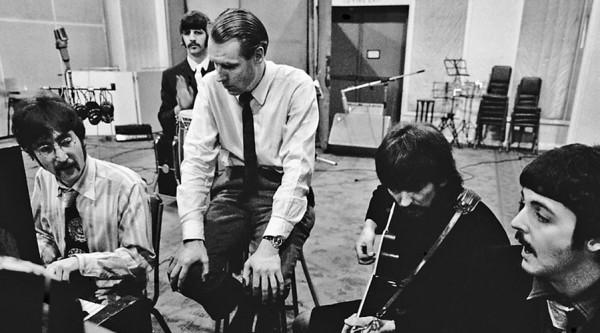 Murió George Martin, el quinto The Beatles