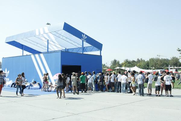 adidas Originals tendrá su caja gigante en Lollapalooza