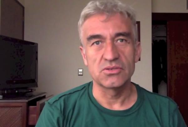 Jorge González revisa el disco Pateando piedras